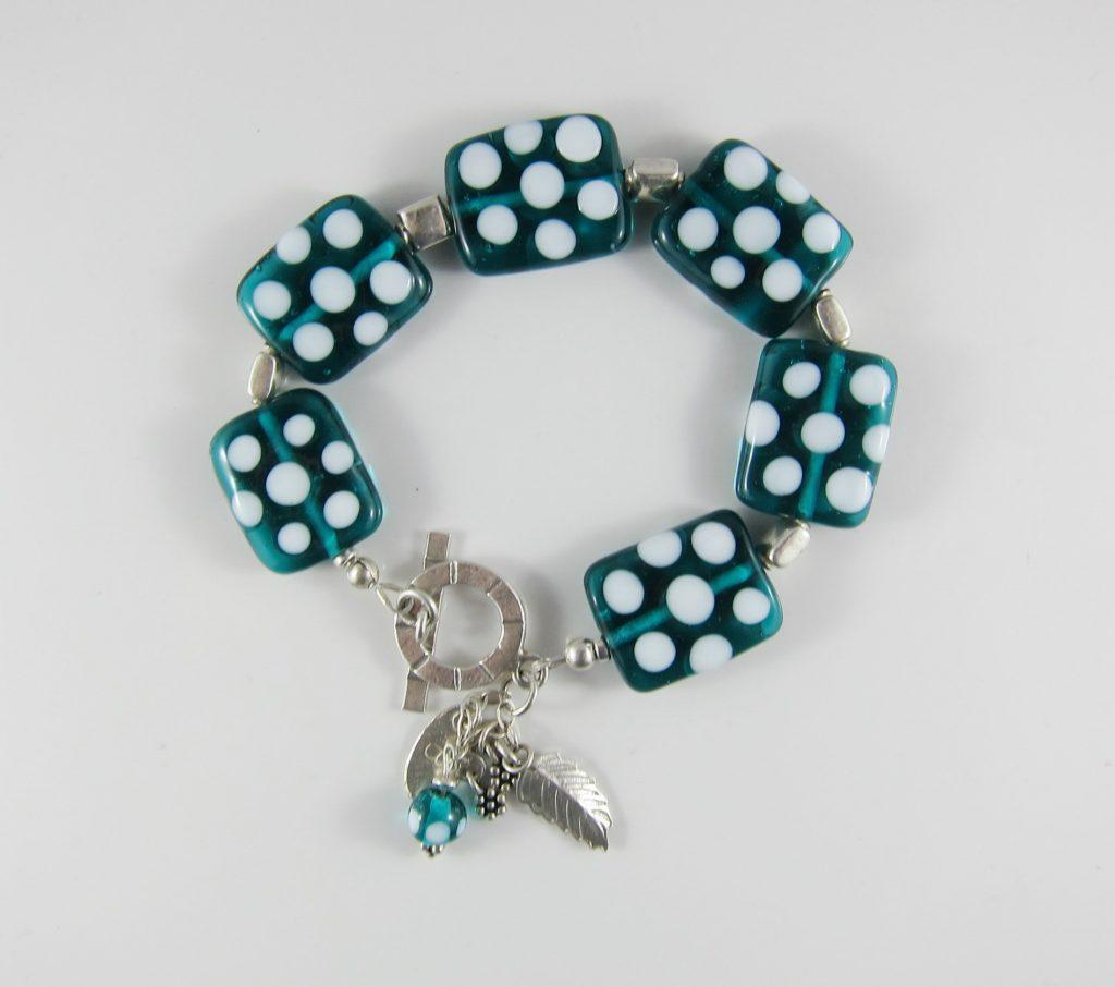 JBR3013 Bracelet Emerald and White