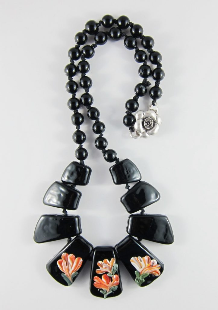 JNE4972 Hand Knotted Elegant Black Necklace