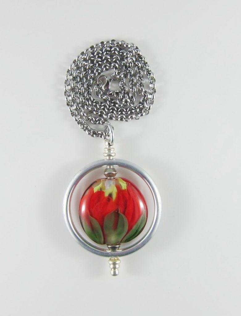 JPE4988 Bloom'n Glass Red Pendant