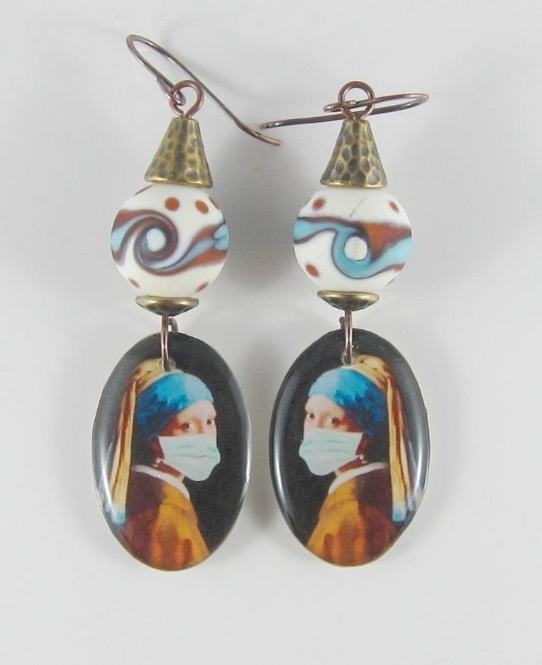JER2283W Mask earring