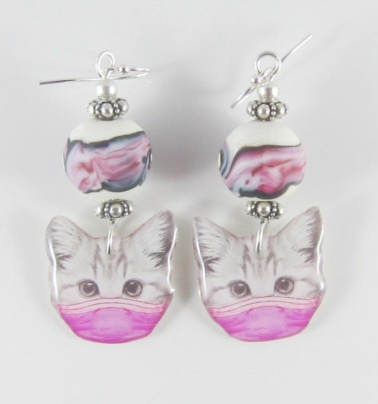 JER2288W Masked cat earrings